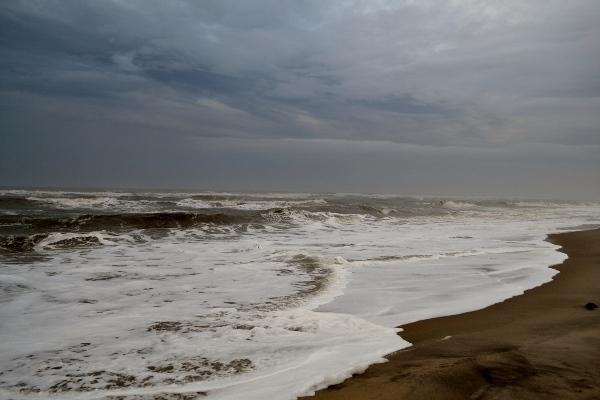 winter-ocean-storming