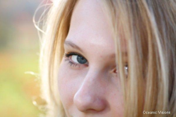 closeup-girl