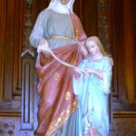 Statue of Saint Anne with Mary, her daughter as a child, Wikipedia photo.
